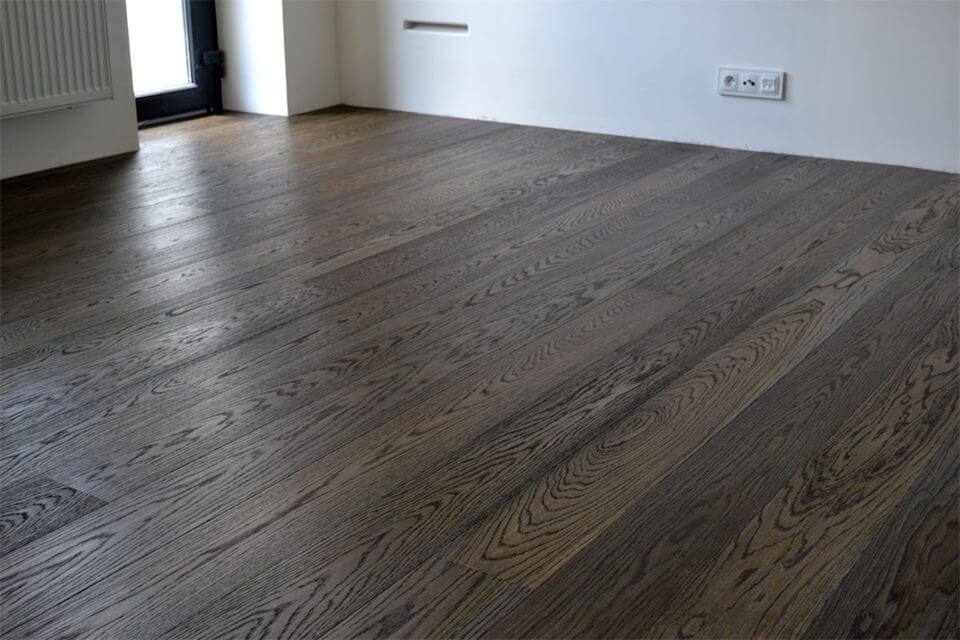Realizace dřevěná podlaha Dub Eben – Exclusive floors