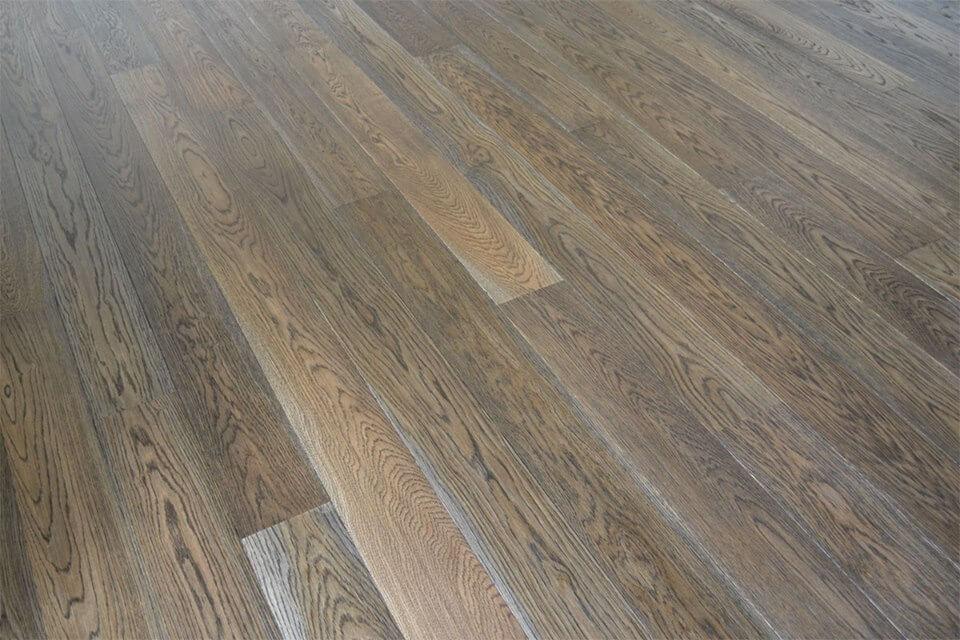 Dřevěná podlaha Exclusive floors Dub eben elegant