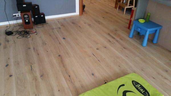 Exclusive floors dřevěná podlaha dub světlý rustik