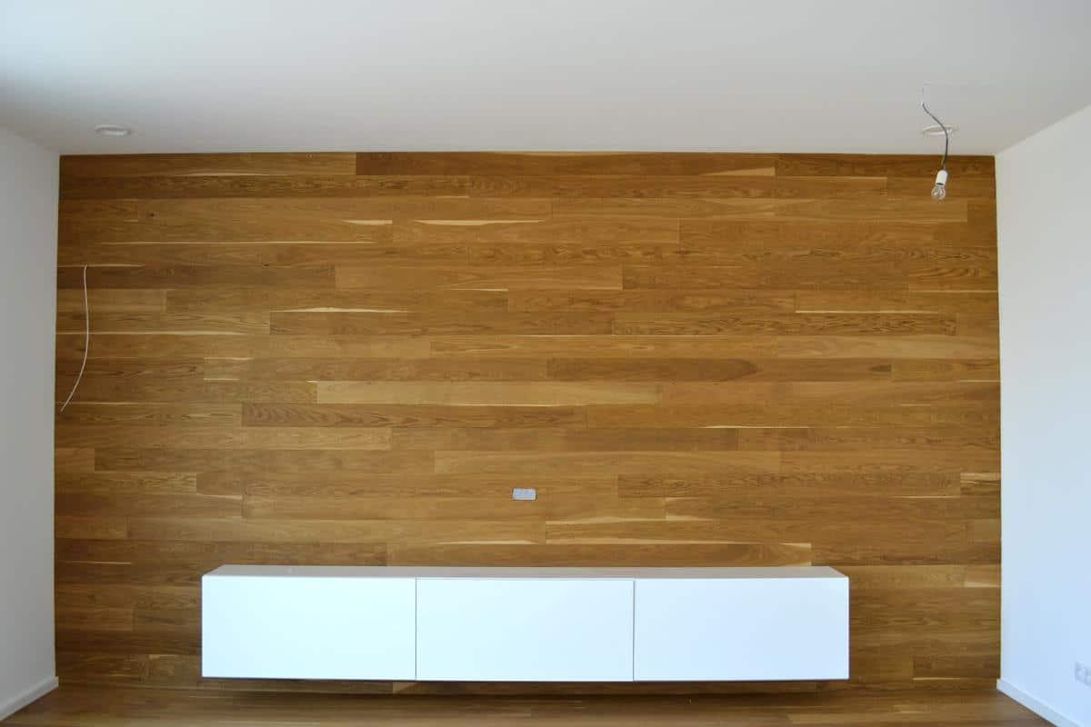Dřevěný obklad stěny