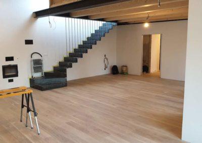 Dřevěná podlaha Dub světlý rustik 160mm v domku