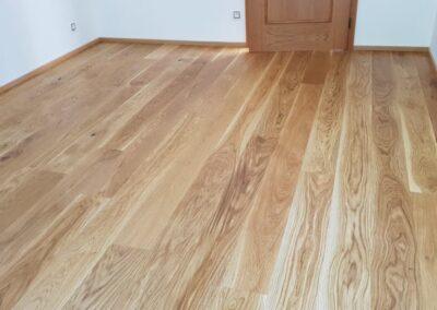Dřevěná podlaha Dub přírodní rustik 160mm v RD